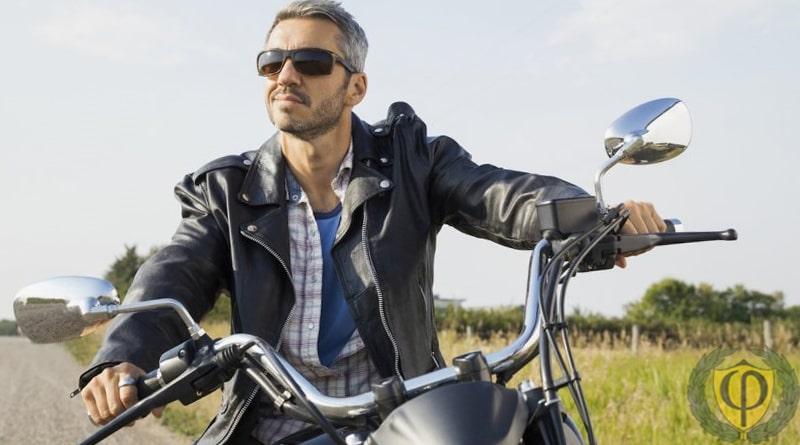 Штраф за езду без шлема на мотоцикле, скутере, мопеде, квадроцикле