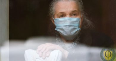 Работники старше 65 лет на карантине: каr оформить и оплачивать?